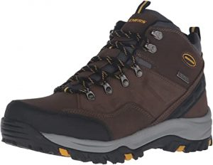 Skechers Men's Relment Pelmo Chukka Outdoor work Boot